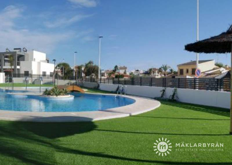 Apartment - New Build - Torrevieja - Aguas nuevas 1
