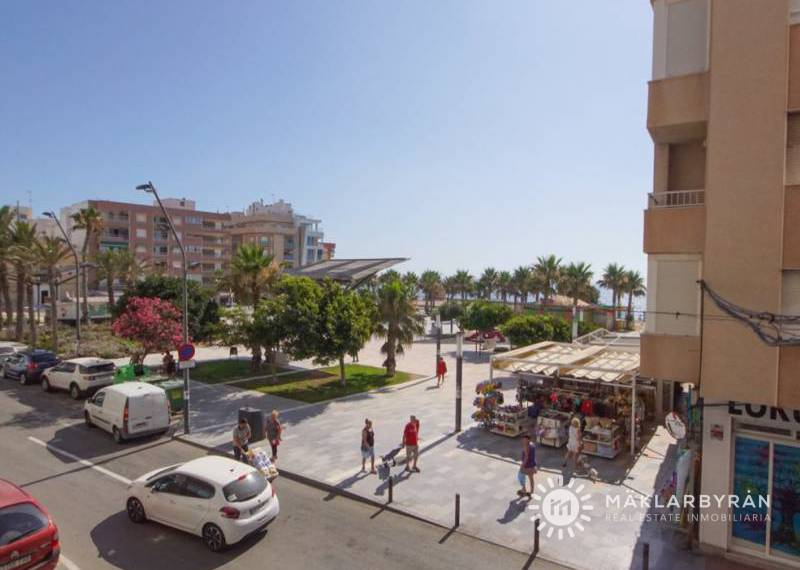 Apartment - Resale - Torrevieja - La Mata pueblo